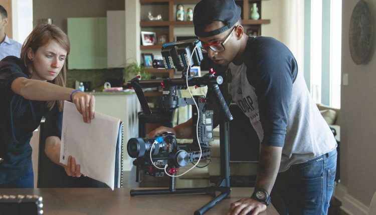 Top 10 Best DSLR Camera Stabilizers And Gimbals In 2019