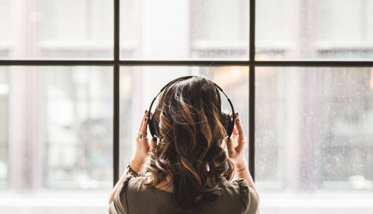 What's The Difference Between Monaural And Binaural Headsets
