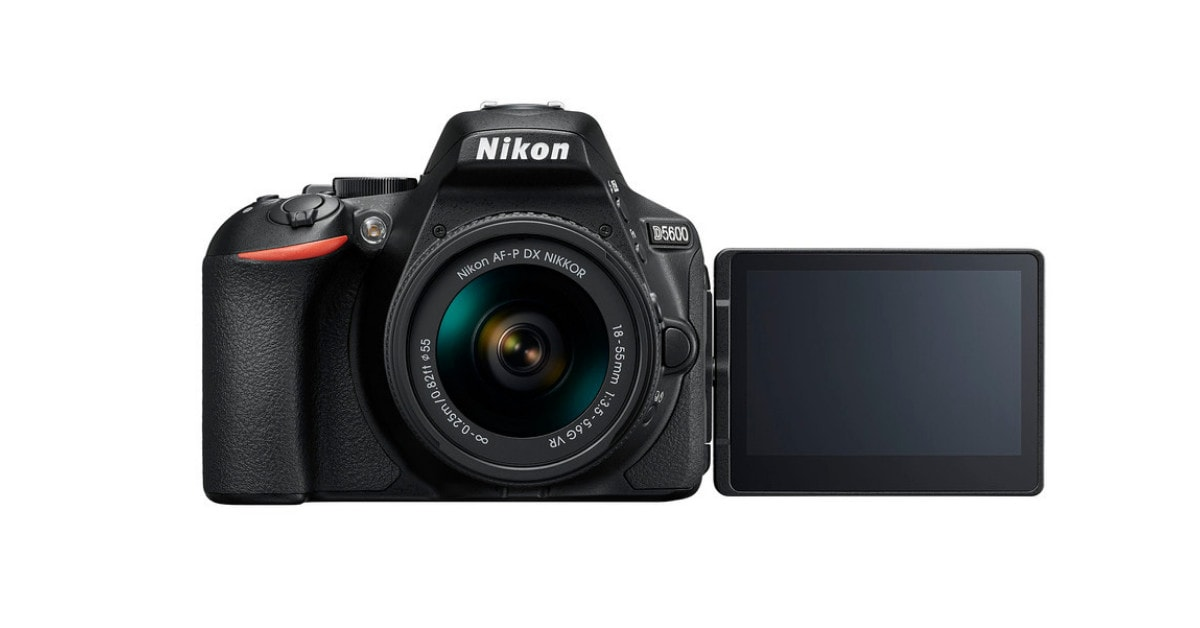 Nikon D5600 - Cheap DSLR with Flip Screen