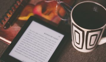 e-reader vs tablet: which one is better