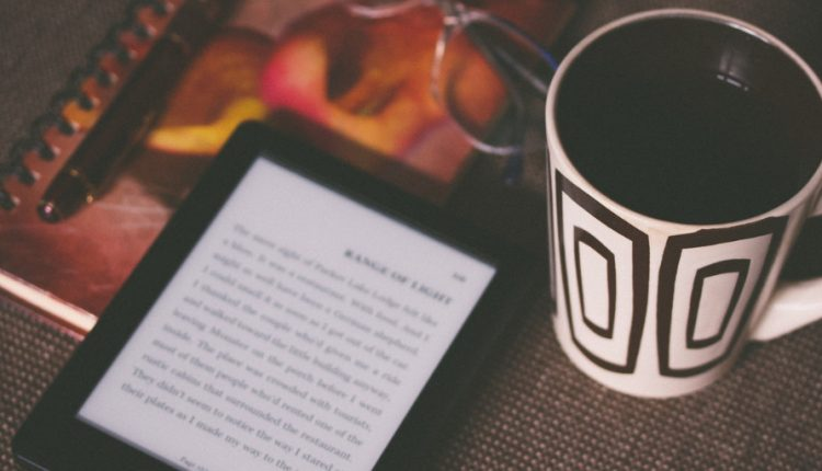E-Reader Vs Tablet: Which One To Buy?